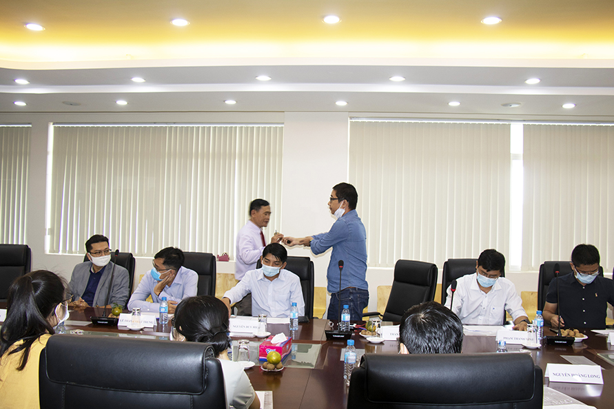 Workshop to comment on professional competency framework of Master of IT training program